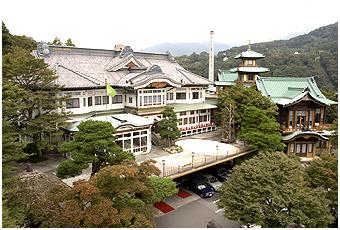リゾートホテルの草わけとして明治11年に誕生した富士屋ホテル